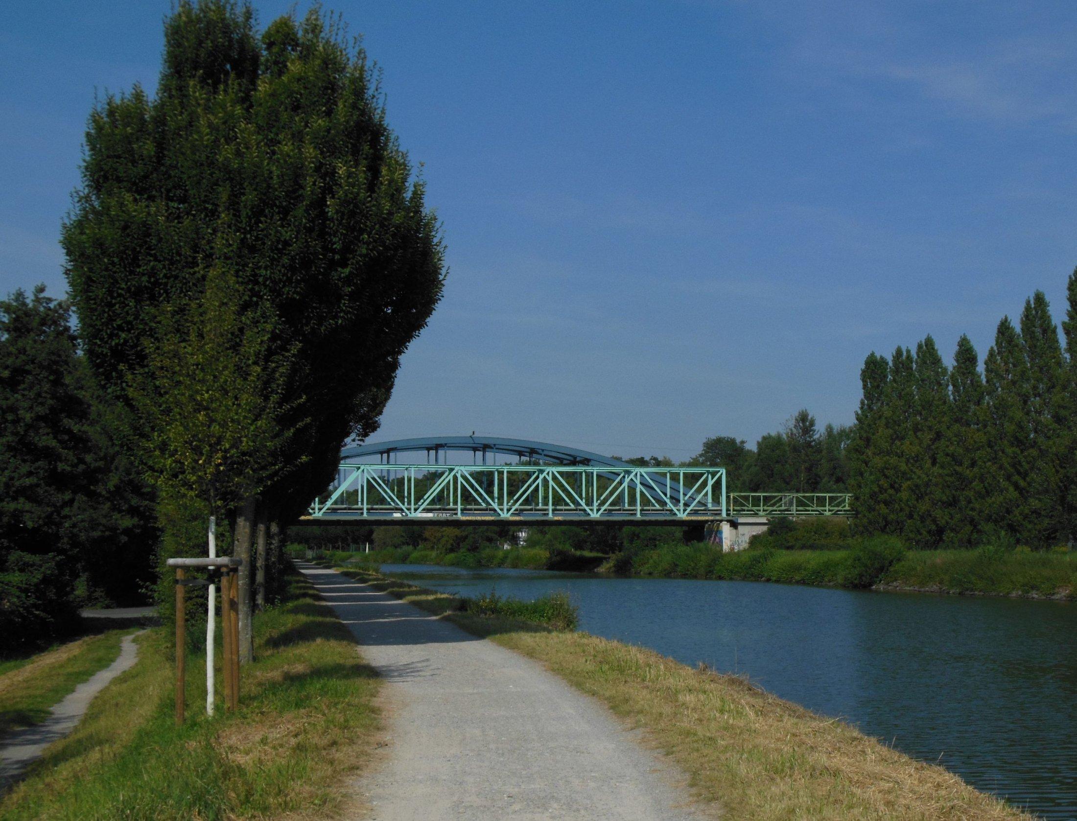 Brücken am Kanal