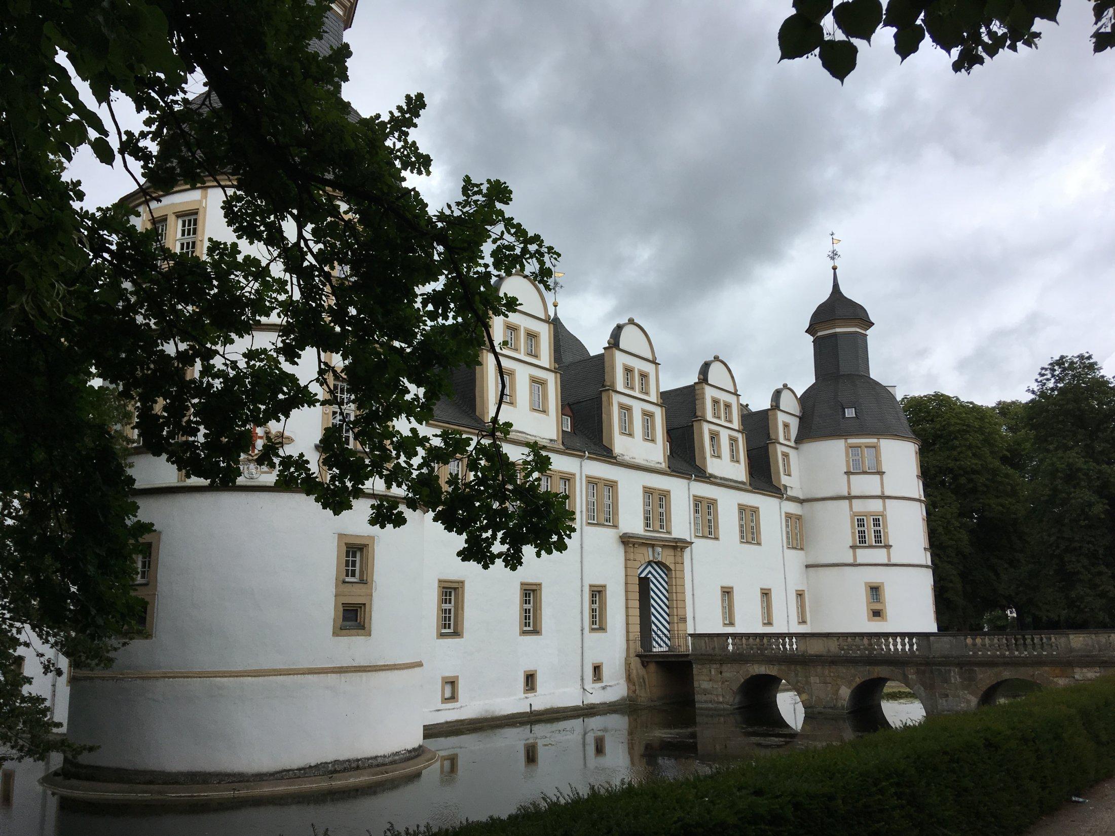 Schloss Neuhaus I