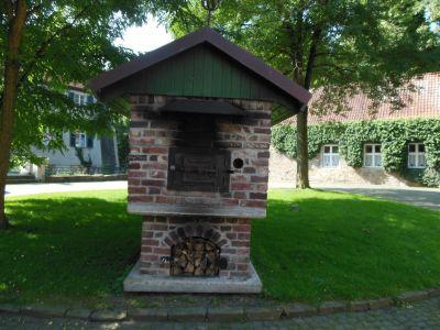 Haus Dellwig - Brotbrutkasten